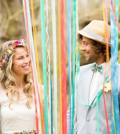 свадьба, выездная фотосессия, свадебная фотосессия, ленты, фотозона с лентами