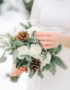 зимний букет на свадьбу