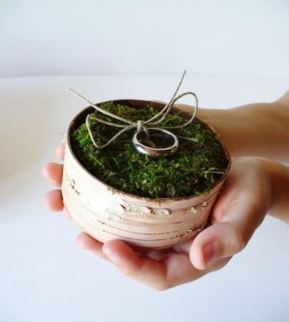 палладий, свадебные кольца, красивая коробочка для колец