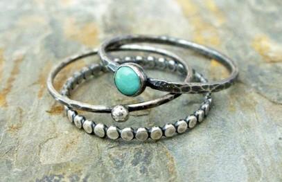 Серебряное обручальное кольцо с бирюзой
