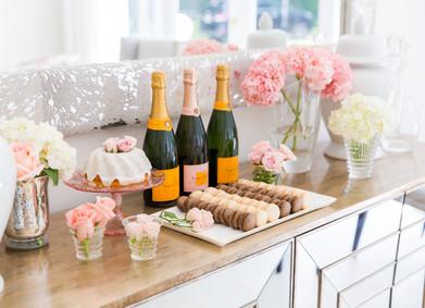Алкоголь на свадьбу – YesYes поможет рассчитать