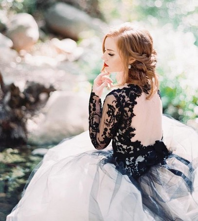 невеста, свадебная фотосессия, невеста в чёрно-белом платье, модное платье 2018, свадебная мода