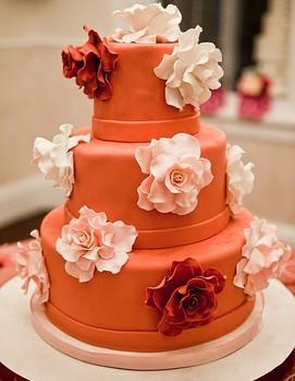 свадебный торт в оранжевом цвете