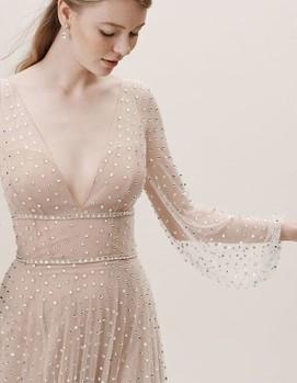 свадебное платье с точками