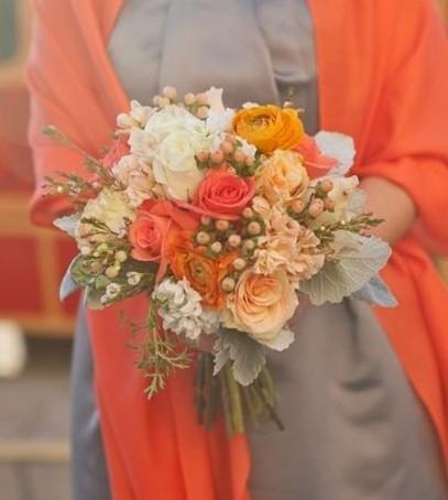 свадебный букет в оранжевом цвете