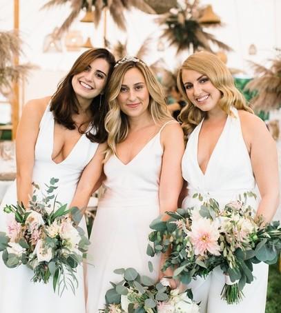 свадебный букет, букет невесты, невеста с подружками
