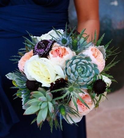 букет невесты 2019 с суккулентами, суккуленты на свадьбе, необычный букет невесты