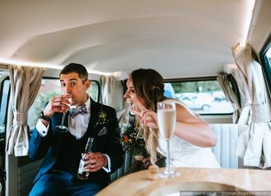 Авто на свадьбу отменяется: 15 идей свадебного транспорта!