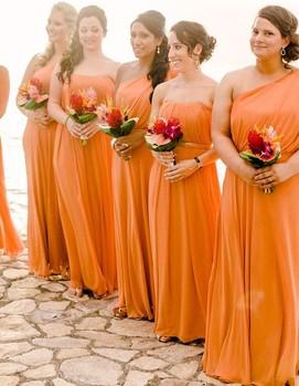 подружки невесты в оранжевом цвете