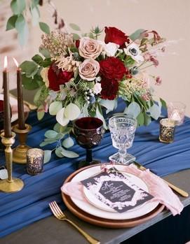 свадьба в синем и красном цвете