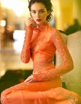 платье невесты в оранжевом цвете