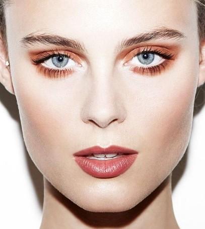 Коралловый макияж