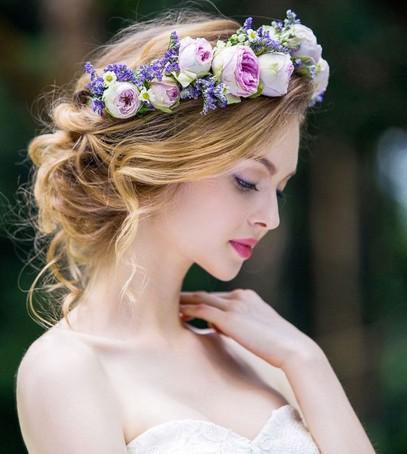 свадебная причёска, причёска на длинные волосы, причёска на средние волосы, цветочный венок, невеста, свадебный образ