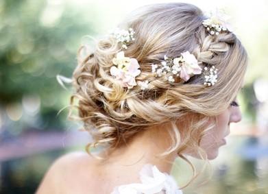 Свадебная причёска: от красивых фото к воплощению в жизнь