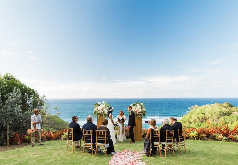 свадьба за границей, маленькая свадьба, мало гостей на свадьбе