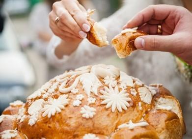 Каравай на свадьбе – значение, традиции и рецепт от YesYes