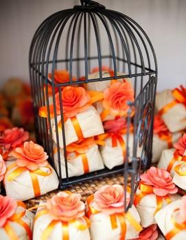 зефир, кенди бар на свадьбе в оранжевом цвете