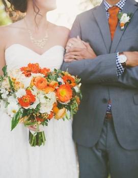 молодожёны оранжевый цвет свадьбы