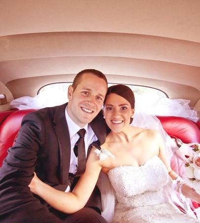 Свадебные фото в машине