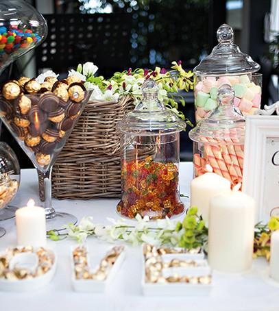 кенди-бар, свадебный стол
