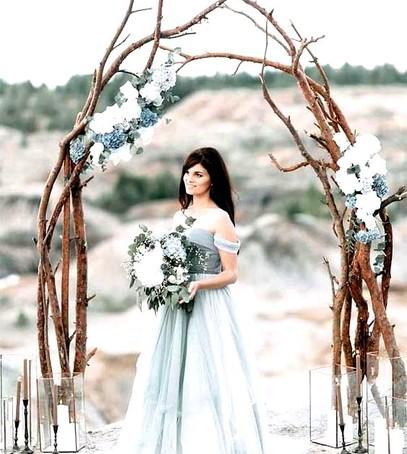 синяя свадебная арка