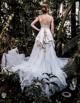 дизайнерское платье на свадьбу