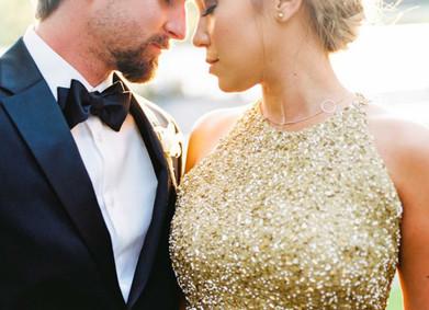 Блеск и роскошь: вся правда о золотых свадебных платьях