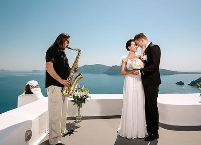 Музыканты или диджей: кого выбрать на свадьбу?