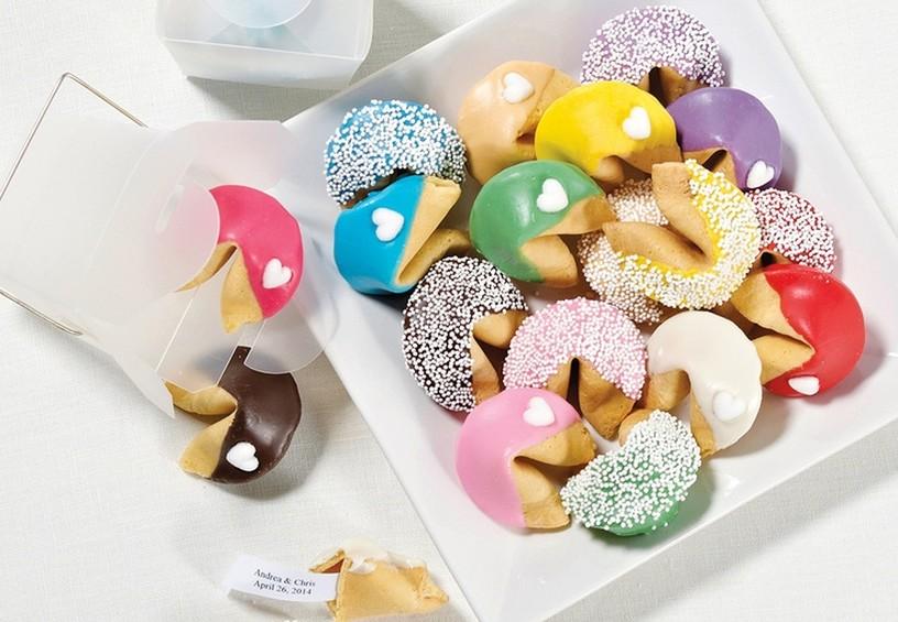 печенье с предсказаниями, печенье для гостей на свадьбе, свадебный комплимент для гостей