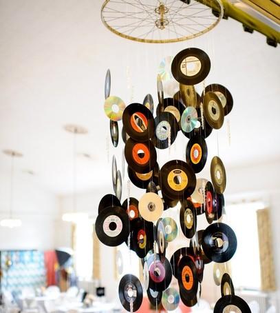 виниловые пластинки, оформление свадьбы, свадебный декор
