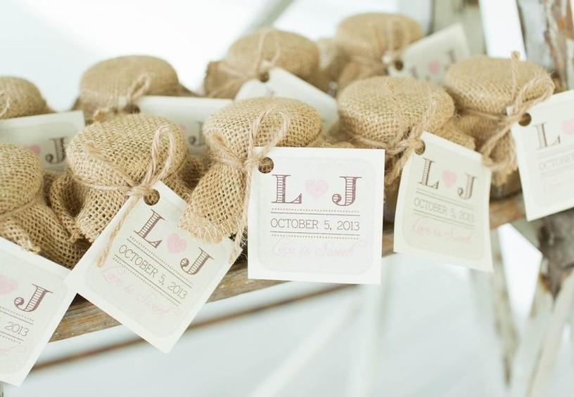 конфеты, шоколад, сладости, свадебные презенты гостям, комплименты гостям на свадьбу