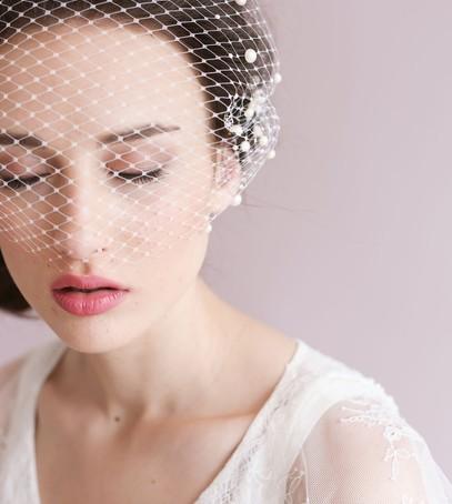 вуаль для невесты, невеста с вуалью, короткая фата