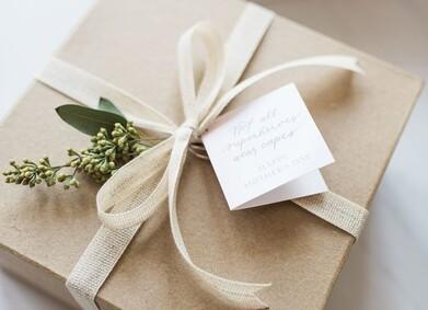 Что нельзя дарить на свадьбу?