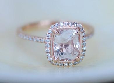 Покупка обручального кольца с бриллиантом: что стоит знать