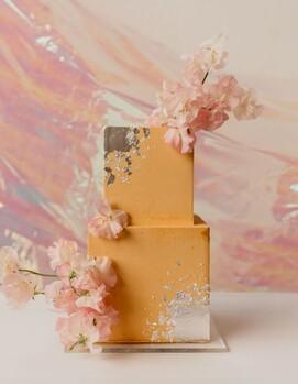 свадебный торт золотой