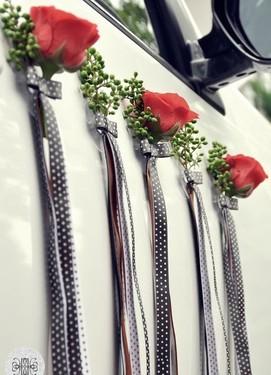 Декор авто на свадьбу