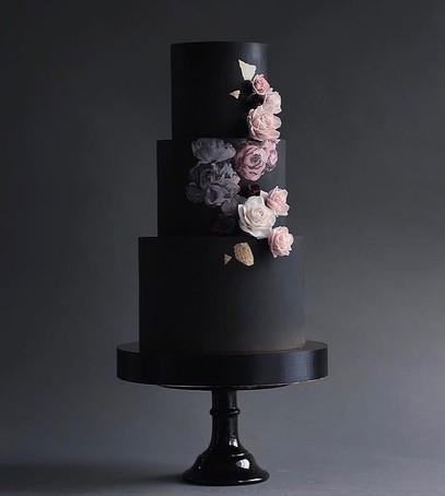 свадебный торт, чёрный торт свадебный, торт на свадьбу, 2018 торт, чёрный торт с цветами