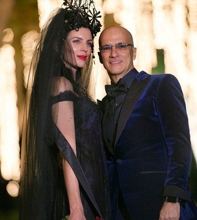 Звёздная свадьба, Либерти Росс, невеста в чёрном, модель-невеста