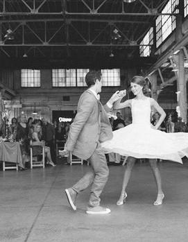 танец молодожёнов ретро стиль