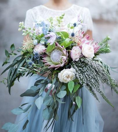 букет невесты 2019, свадебная флористика, свадебный букет,