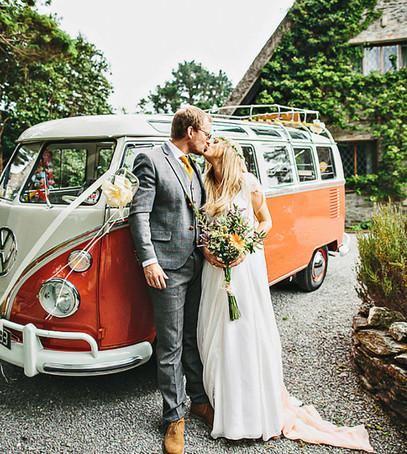 Ретро автобус свадьба Бохо