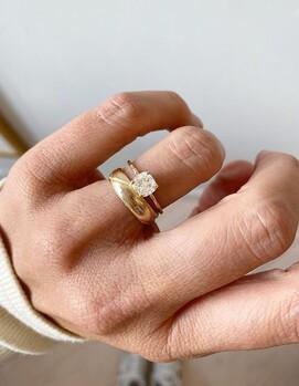 обручальные кольца вместе