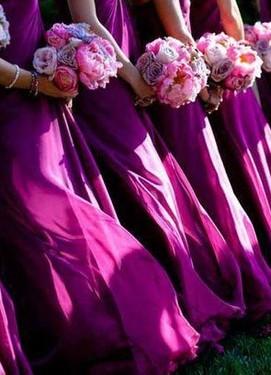 свадьба в цвете фуксия, букет подружек невесты