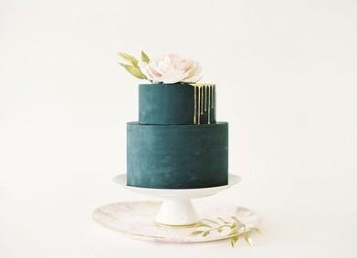 Самые красивые свадебные торты 2020: фото и тренды