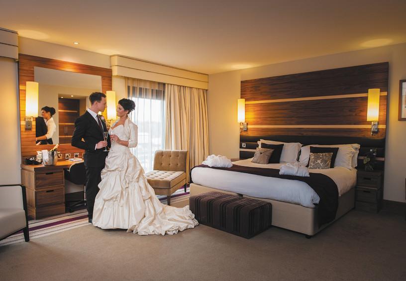первая брачная ночь, номер для молодожёнов, жених и невеста, гостиница, номер, свадьба