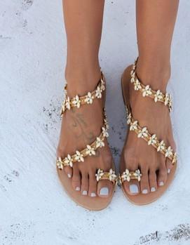 свадьба в греческом стиле , сандалии невесты в греческом стиле