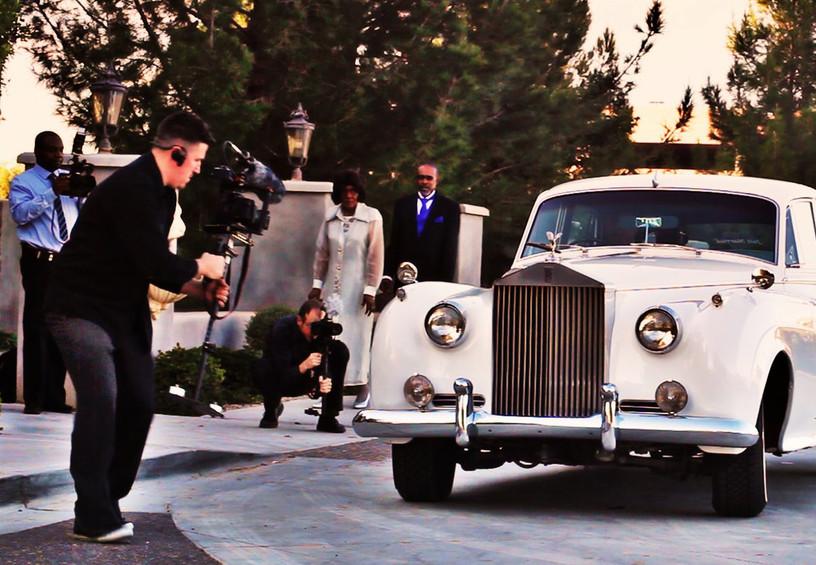 Видеограф на свадьбе