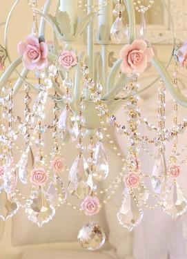 свадьба в стиле шебби-шик, люстра на свадьбу в стиле шебби шик