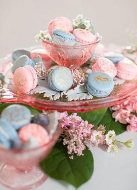 розовый кварц и серенити в свадебном декоре, кенди бар в розово-голубых цветах