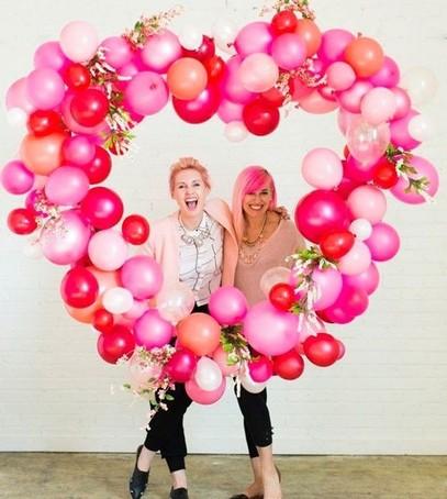 сердце из гелиевых шариков, розовые шарики, декор свадебный